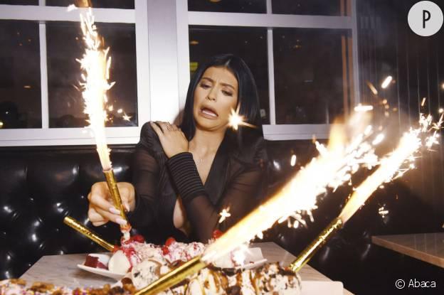 Quand on veut faire la maline avec des bougie, on se brûle !
