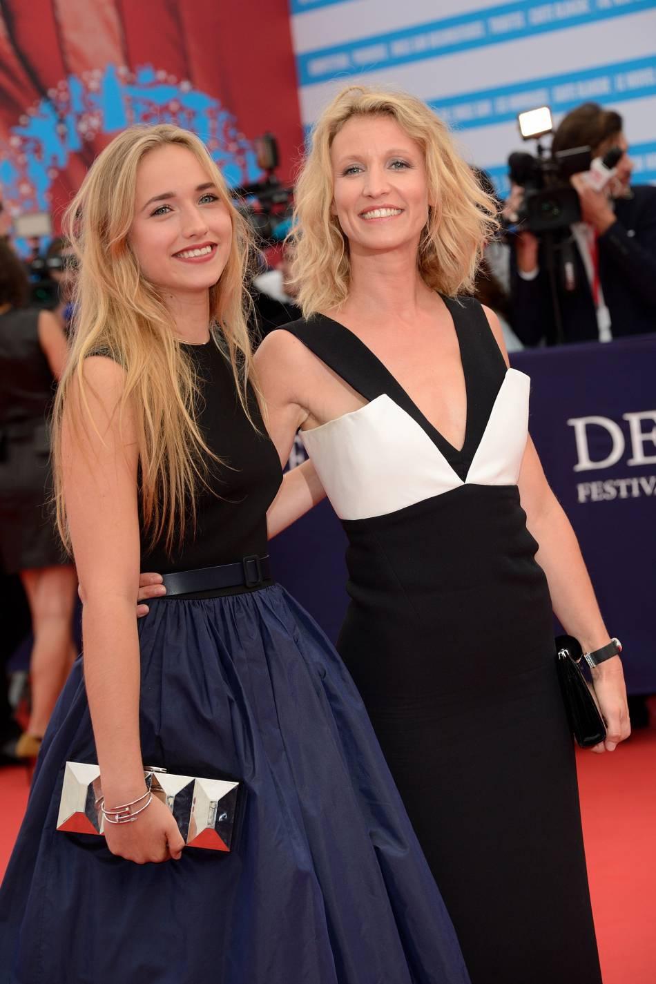 Mère et fille partagent ce même blond californien.