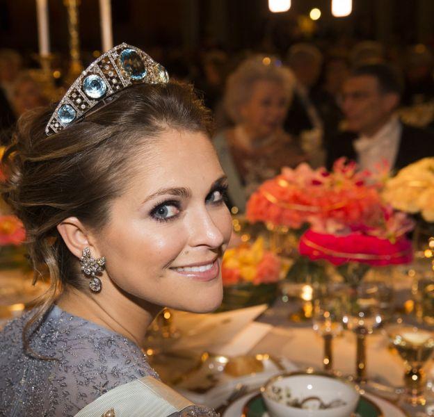 La princesse Madeleine de Suède était resplendissante avec une tiare en diamant et aigue-marine appartenant depuis des décennies à la famille royale.