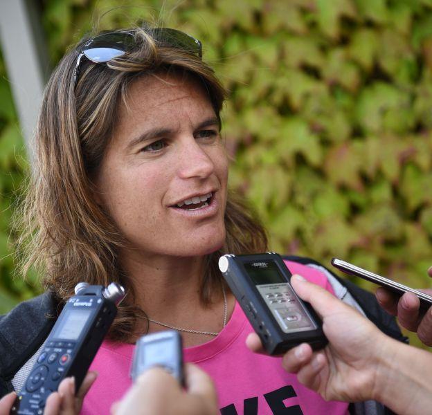 Amélie Mauresmo a mis un terme à son congé maternité.