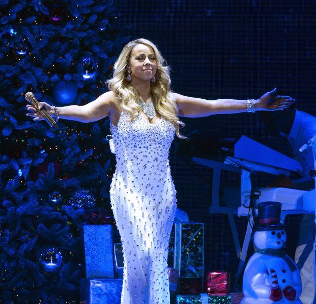 Mariah Carey, une diva prête pour Noël à New York.
