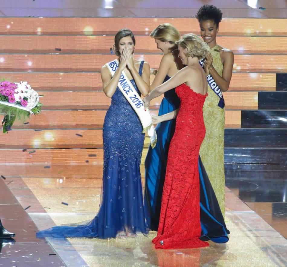 La jolie brune s'est envolée pour Tahiti quelques jours après son élection.