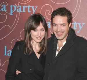 """Elsa Zylberstein et Nicolas Bedos en 2006, celui qui l'""""a reconnectée à la vie""""."""
