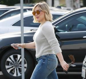 Hilary Duff raffole des looks travaillés et à la fois décontractés