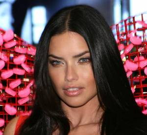 Adriana Lima et le top plus size Ashley Graham en lingerie pour Love Magazine
