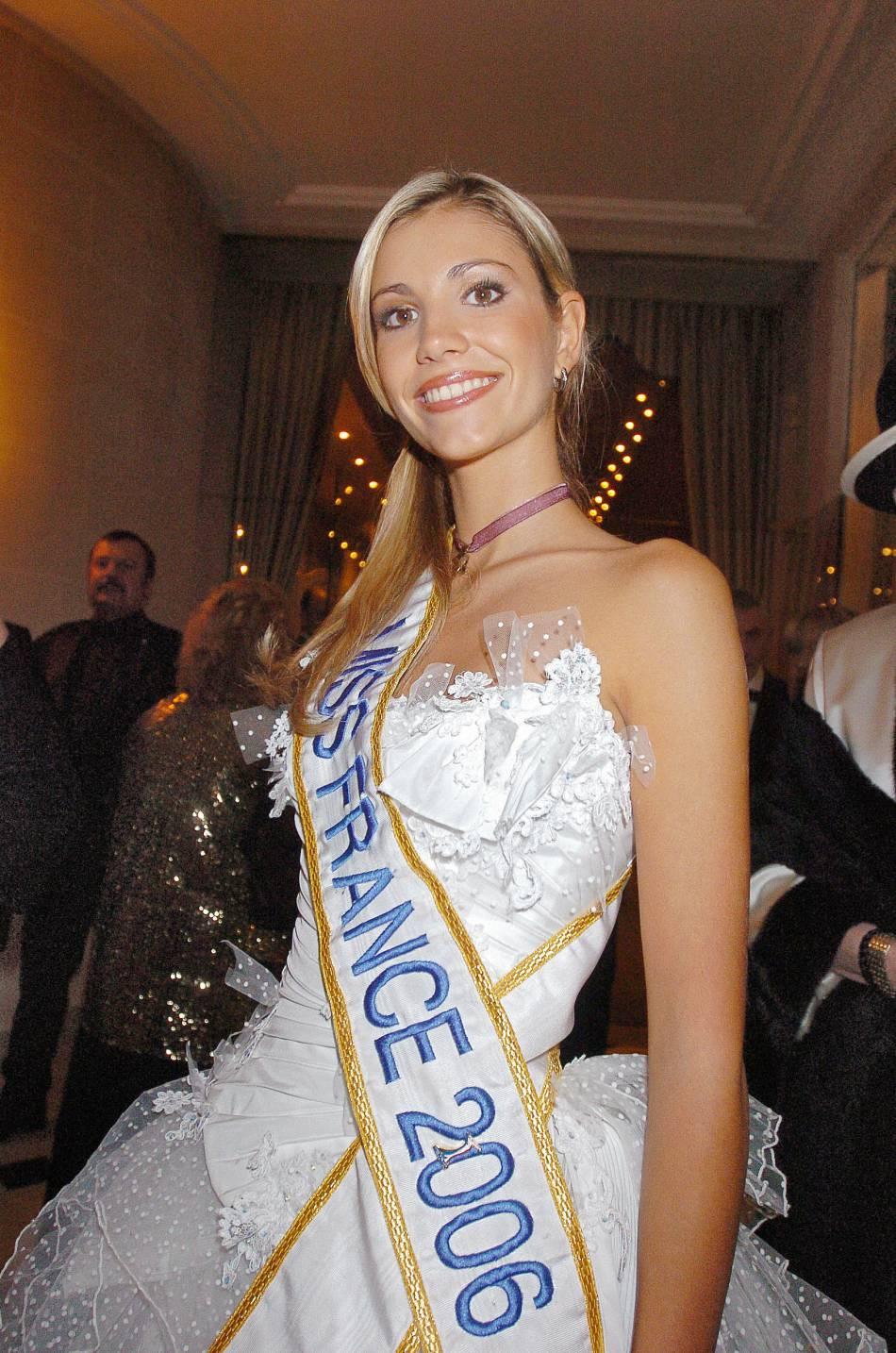Alexandra Rosenfeld fut Miss France 2006. Sa fille, qui lui ressemble beaucoup, connaitra-t-elle le même destin ?