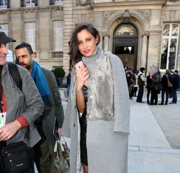 Malika Ménard au défilé Automne-Hiver 2016/2017 Alexis Mabille à l'Hôtel Salomon de Rothschild à Paris le 3 mars 2016.