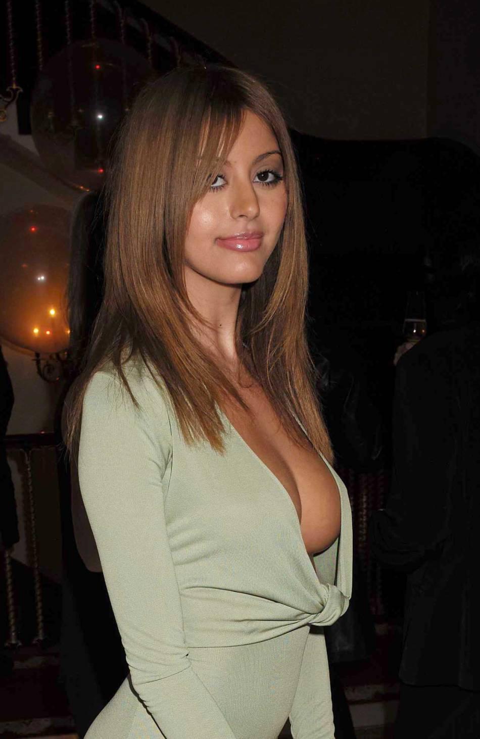 gros seins nus escort girl a valence