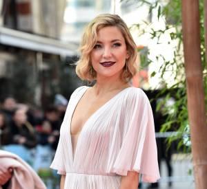 Kate Hudson radieuse à Londres ce dimanche 6 mars 2016.