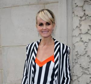 Laeticia Hallyday : son look joliment graphique chez Thierry Mugler