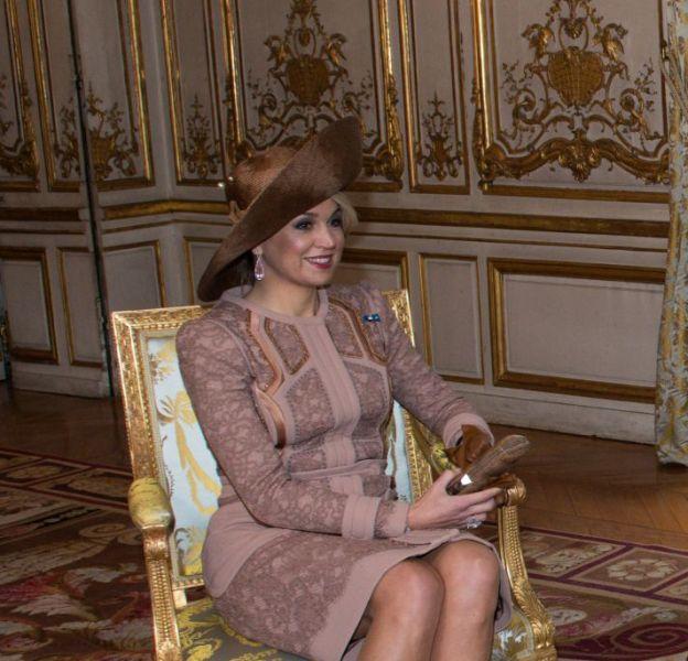 La reine Maxima des Pays-Bas et le roi Willem-Alexander sont en visite officielle à Paris pour trois jours. Ils ont été reçu à l'Elysée ce 10 mars 2016.