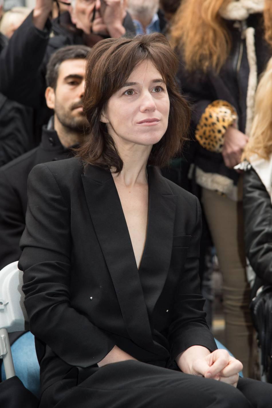 charlotte gainsbourg l 39 actrice d voile sa nouvelle coupe