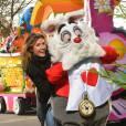 L'animatrice de D8, Caroline Ithurbide, a elle aussi fait le déplacement à Disneyland.