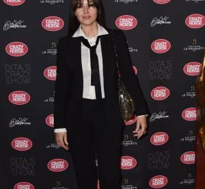 Monica Bellucci : terriblement sexy dans son look androgyne !