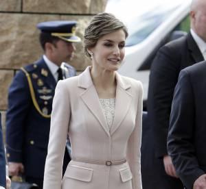 Letizia d'Espagne : une beauté raffinée dans son tailleur rose poudré