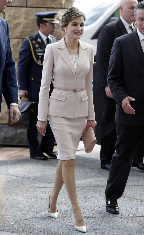 Letizia Despagne Une Beauté Raffinée Dans Son Tailleur