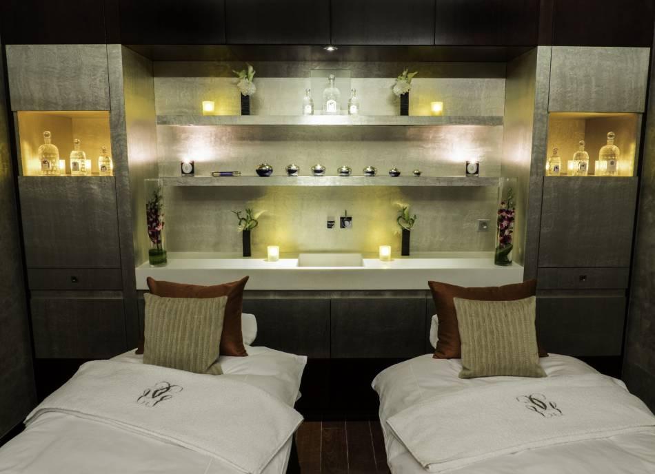 le suite spa guerlain nouvelle parenth se luxe au mandarin oriental. Black Bedroom Furniture Sets. Home Design Ideas