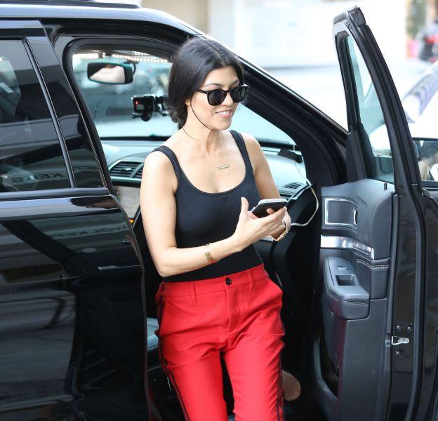 Kourtney Kardashian dévoile ses fesses à ses millions de followers.