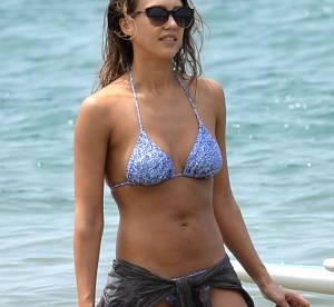 Jessica Alba : séance de paddle canon en bikini ultra sexy !