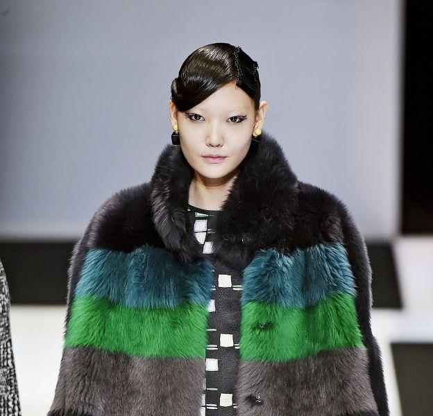 Défilé Giorgio Armani, collection automne 2016, à la Fashion Week de Milan en février 2016.