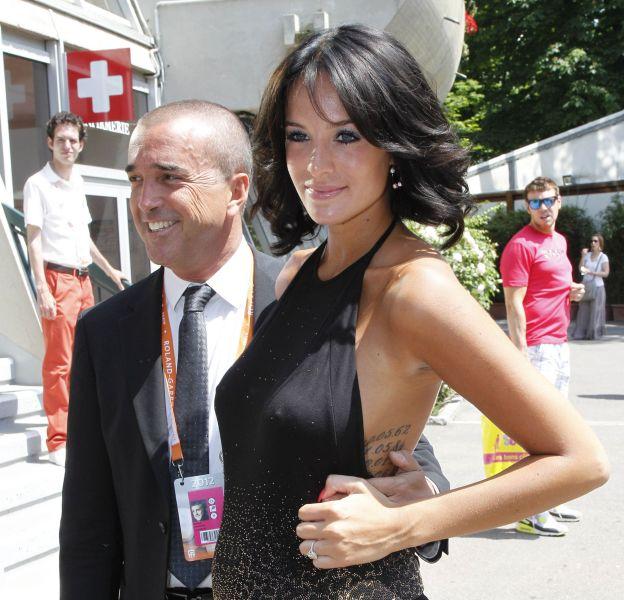 Jade Lagardère, enceinte, avec son époux, Arnaud Lagardère.