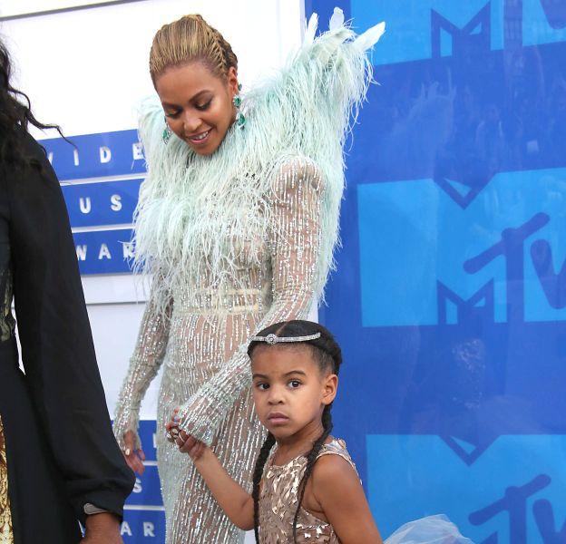 Beyoncé est arrivée aux MTV Video Music Awards avec Blue Ivy.