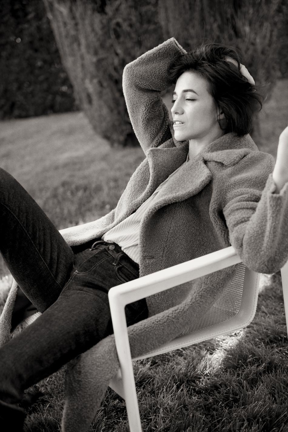 d0daee9c2 La nouvelle collection de manteaux Gérard Darel est cosy à souhait ...