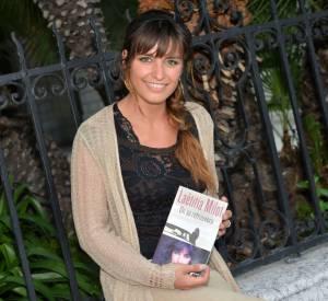 L'actrice Laetitia Milot est heureuse de replonger dans le passé en partageant un ancien bulletin scolaire.