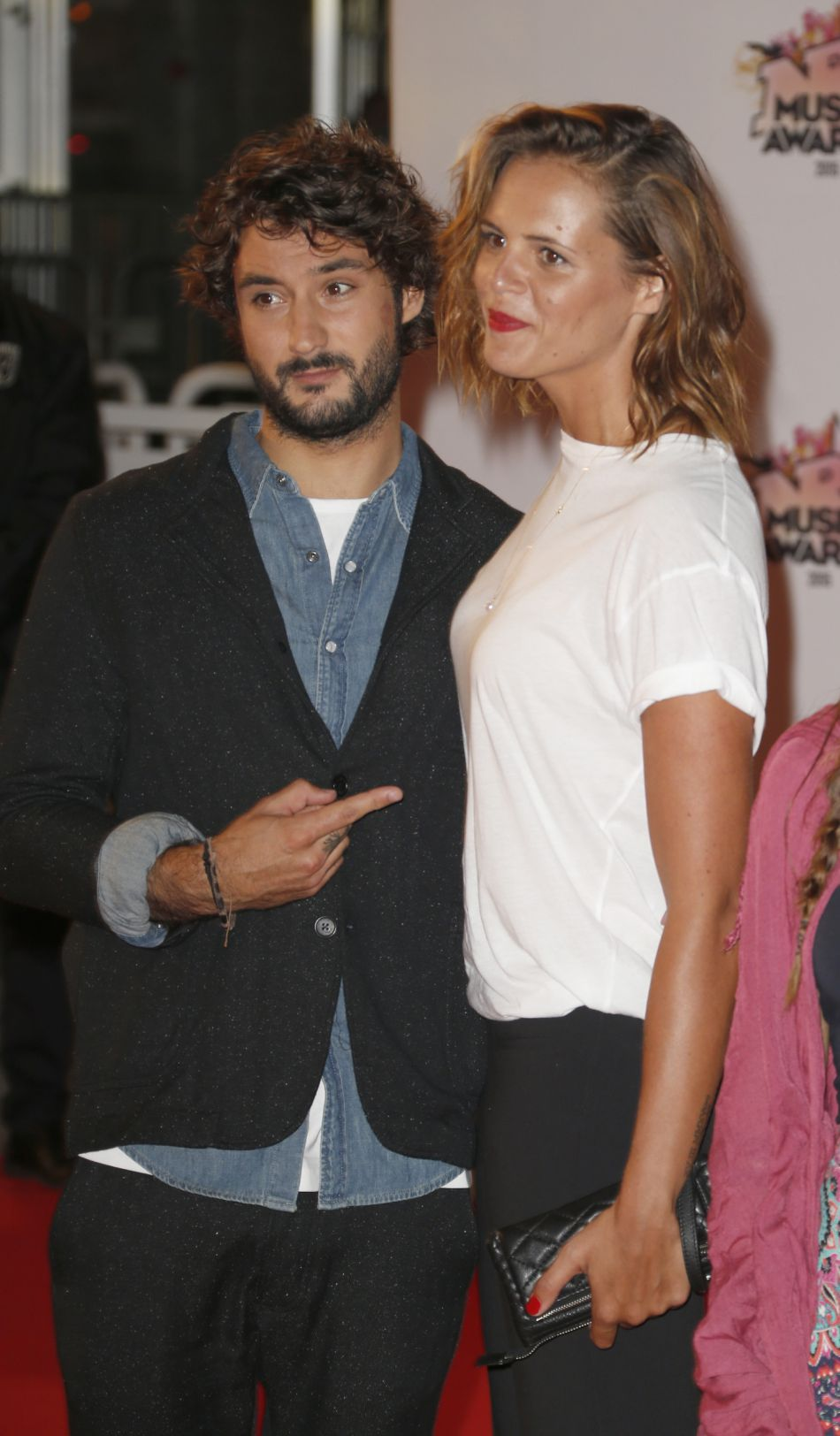 Laure Manaudou et Jérémy Frérot attendrissent une nouvelle fois Instagram avec un cliché en amoureux.
