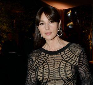 A 51 ans, l'actrice affiche une silhouette parfaite dans le nouveau numéro de Paris Match.