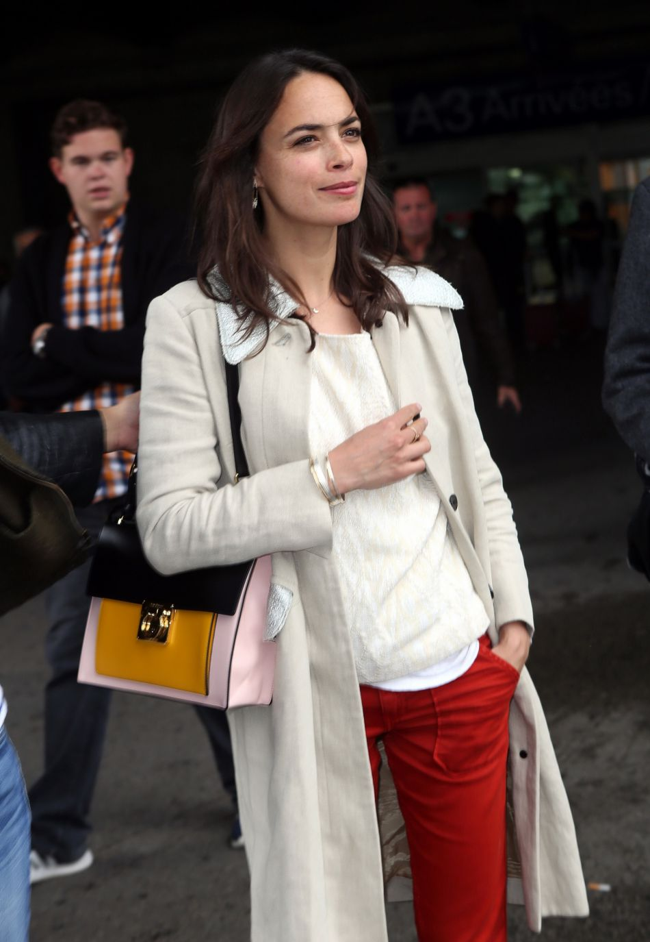 Bérénice Bejo évolue dans des tenues toujours plus audacieuses sur les tapis rouges.