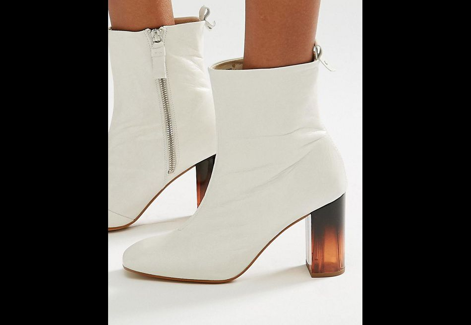 Boots, Asos, 213,99€.