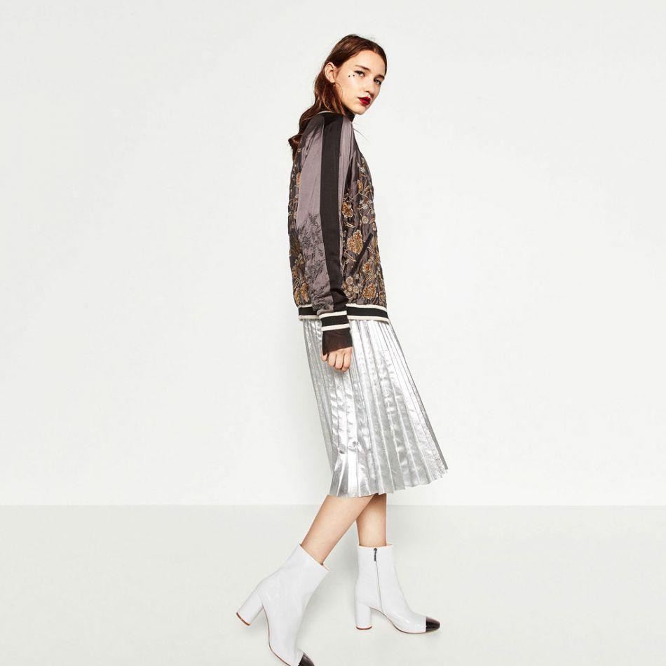 Bottines hautes, Zara, 69,95€.