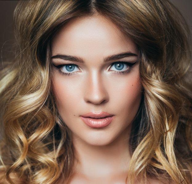 Blondes : quelles couleurs adopter sur les lèvres ?