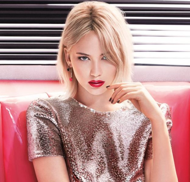 Jennifer Lawrence pour les nouveaux lipsticks Dior.