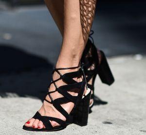 Les sandales lacées, comment bien les porter