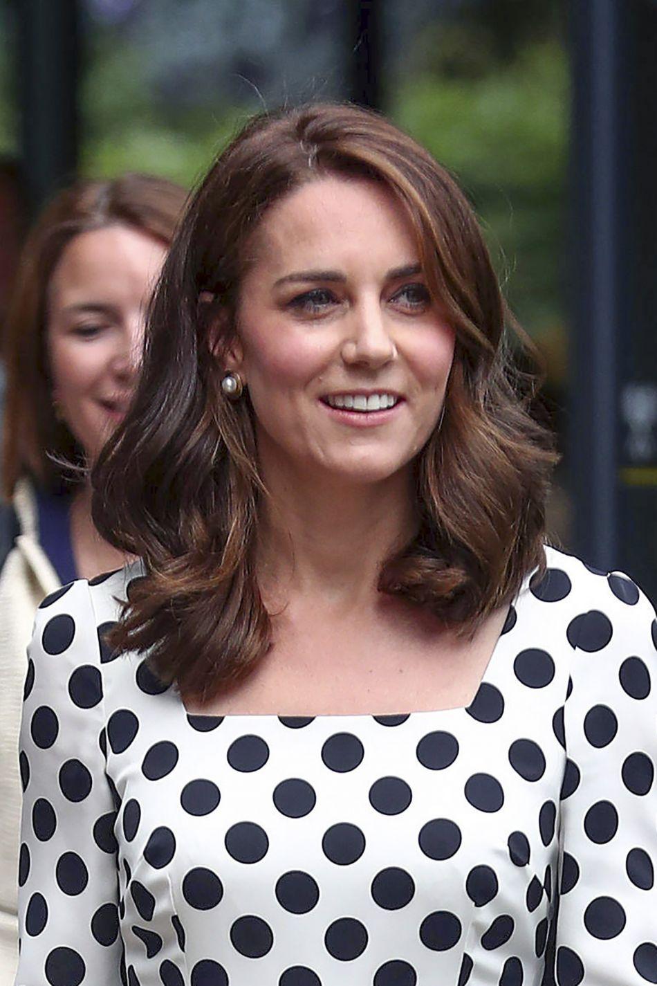 Kate middleton sa nouvelle coupe de cheveux fait sensation for Coupe cheveux kate middleton