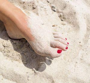 5 conseils pour bien faire tenir son vernis à la plage
