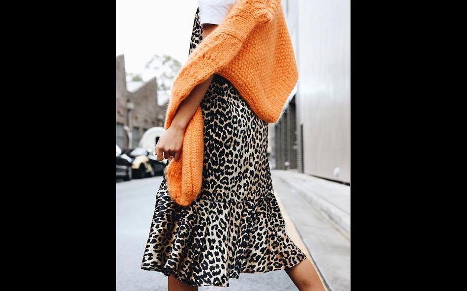 Les instagrameuses craquent pour une pièce Ganni et remettent le léopard au goût du jour.