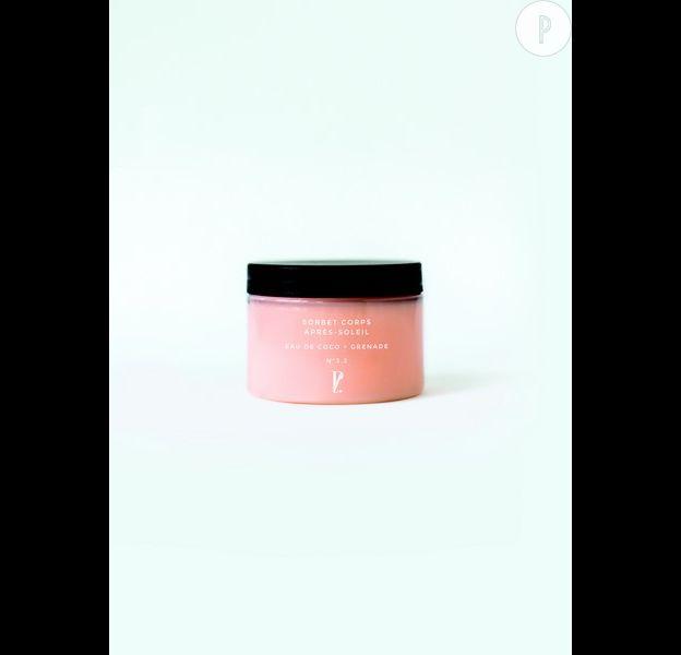 Sorbet corps après-soleil eau de coco + grenade, Prescription Lab, disponible dans la box du mois d'août.