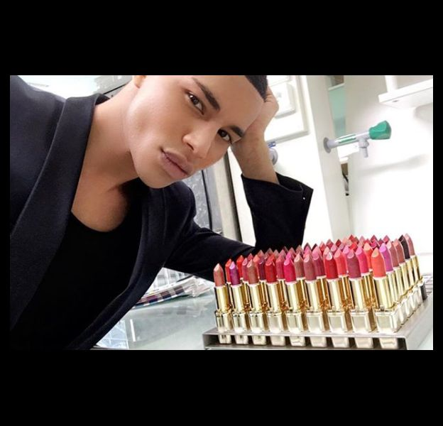 Découvrez la collaboration Balmain et L'Oréal Paris.