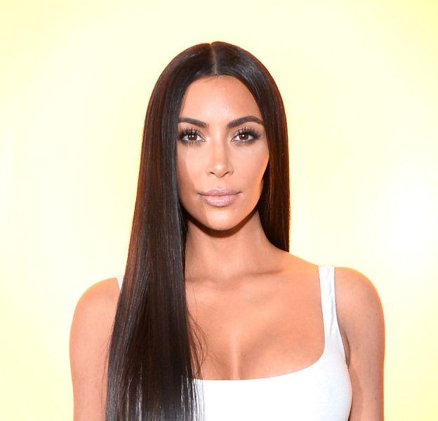 Kim Kardashian dévoile les coulisses sexy d'un shooting.