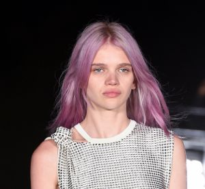 Rose quartz hair : la tendance coloration qui va faire fureur au printemps 2018