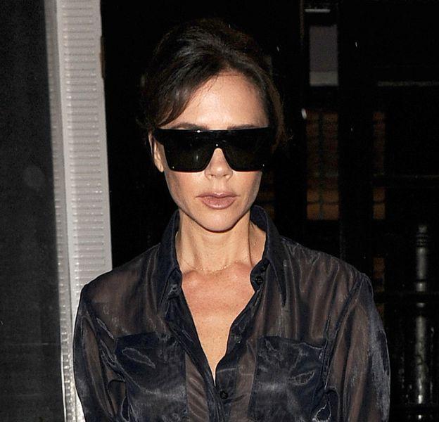 Victoria Beckham en met plein la vue dans les rues de Londres.