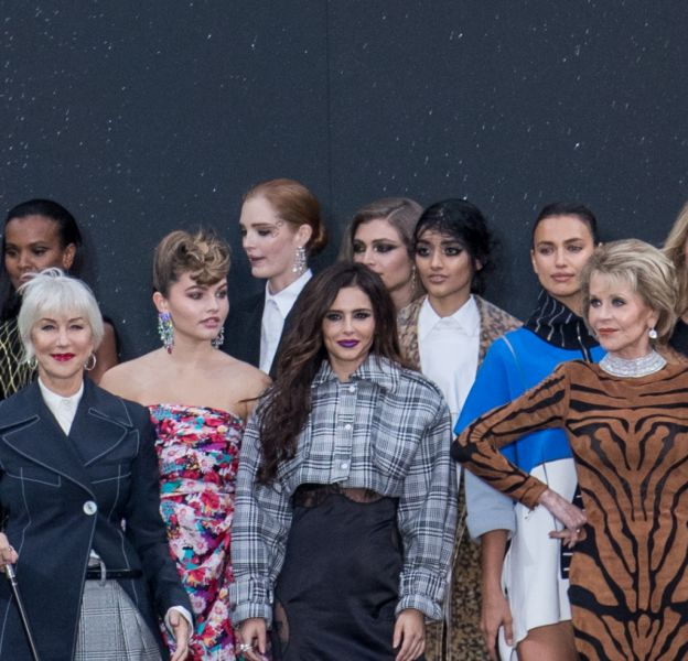Ce dimanche 1er octobre 2017 avait lieu le défilé L'Oréal Paris sur les Champs-Elysées.