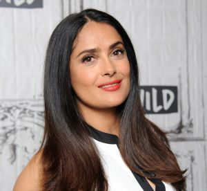 Transformation capillaire : Salma Hayek passe au blond pendant la Fashion Week