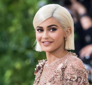 Kylie Jenner : en reine des neiges sexy, elle continue de dissimuler son ventre