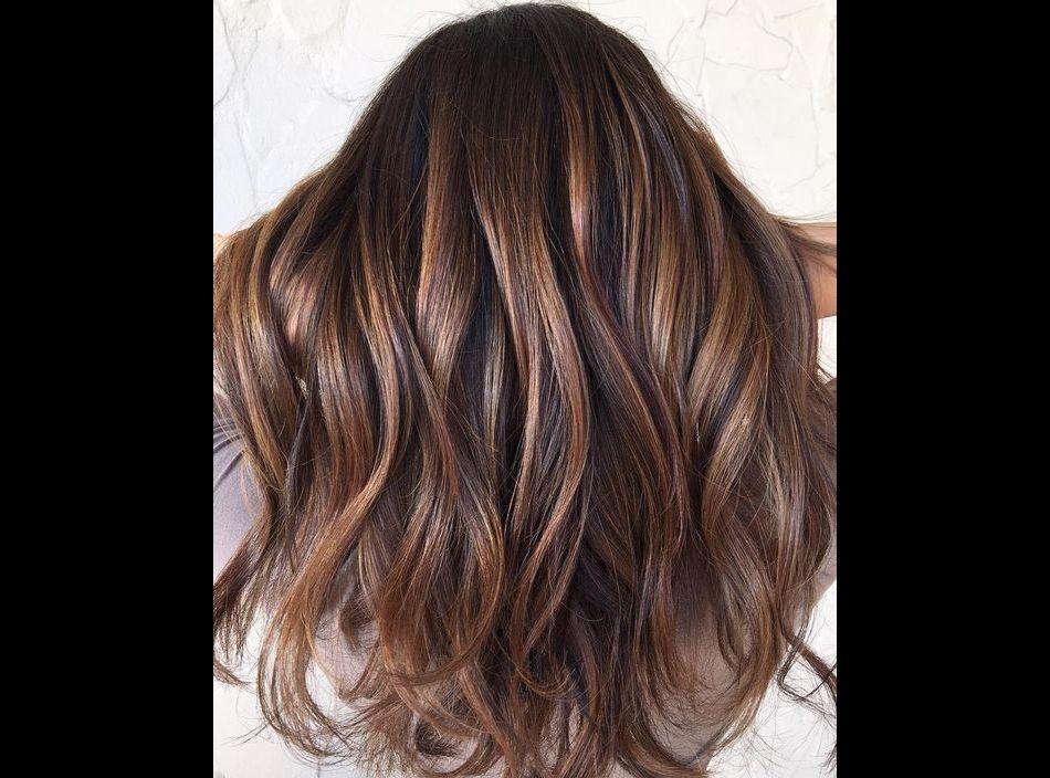 Couleur cheveux prune grenat
