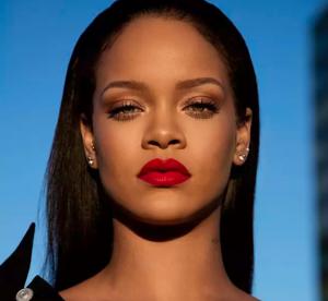 Rihanna : complexée par ses lèvres, une fan reçoit une vague de soutien