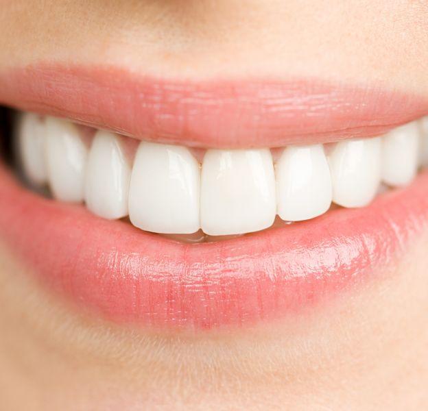 Comment se blanchir les dents ?